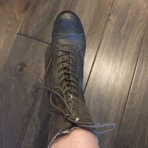 Steve Madden leather boots olive green